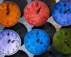 Несвоевременное, часы показывают разное время Миниатюра