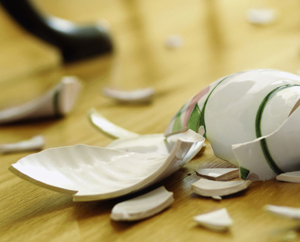 Безопасное битье тарелок