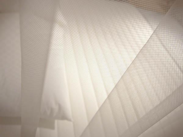 Красивые фотографии Белые занавески сетка