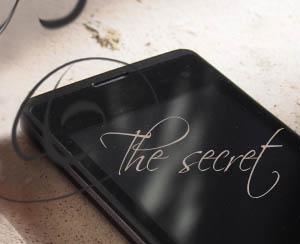 Черный мобильный телефон, Чужие секреты и тайны