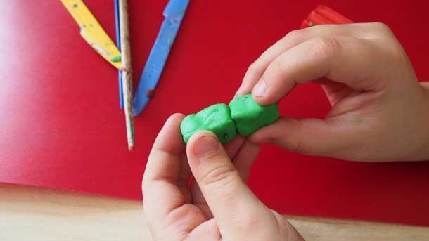 Как построить дом из пластилина Другие кирпичи