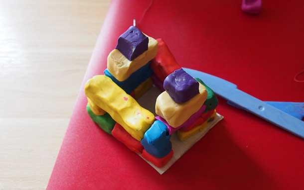 Как построить дом из пластилина Кирпичи для фронтона