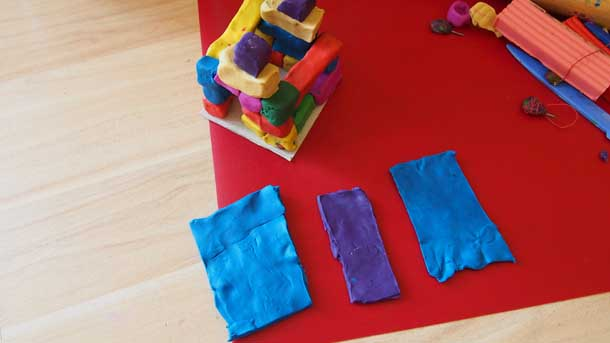 Как построить дом из пластилина Верхняя часть крыши