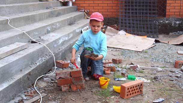 Как построить дом из пластилина Настоящая стройка