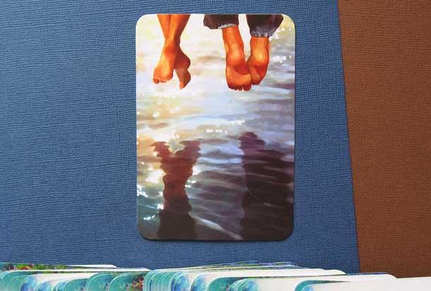 Метафорические карты техника для мотивации Голые ноги над водой