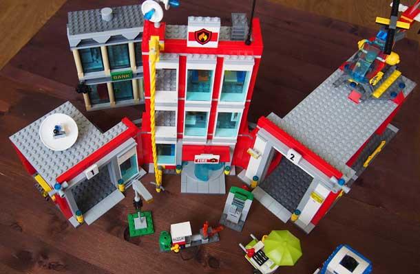 Пожарная станция и банк